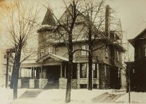 Frank Crowell House, 1890 2019 Colfax Ave. South Minneapolis, Minnesota BP# 24057 (Nov 8, 1890) Architect: EE Joralemon Cost: $11,000 TORN DOWN 1956 Photo: Confer Bros. Realty (Hennepin Co His Society)