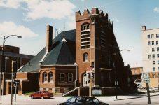 First Baptist Church, 1895 cor East State ST & Pennsylvania Avenue Mason City, IOWA Architect: Orff & Joralemon Cost: $20,000 STANDING Brickbuilder June 1895 Snapshot: May 24, 1999 by CDT