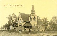 Methodist Church, 1896 106 Center Avenue North & 1st Street NE Madelia, MINNESOTA Architect: Orff & Joralemon Cost: $10,000 STANDING 1991 Postcard: Black and White — (CDT Collection)
