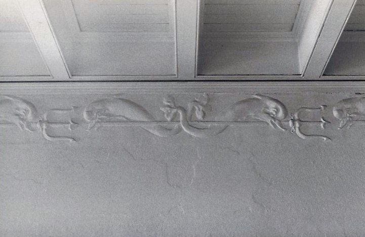 Hinkle-Murphy House, 1886 619 South 10th Street Minneapolis, Minnesota Architect: William Channing Whitney 1st FL front entrance hall: Dolphin plaster-work CDT B & W snapshot: ca. Summer 1984