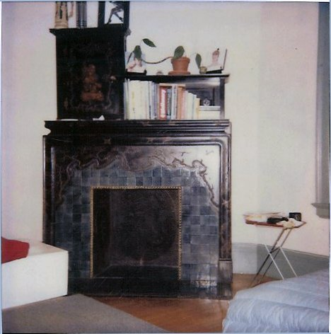 Hinkle-Murphy House, 1886 619 South 10th Street Minneapolis, Minnesota Architect: William Channing Whitney 2nd FL top of stairs front bedroom: Oriental fireplace CDT Polaroid: May 2, 1983
