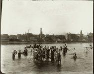 St. Paul (Minnesota) Public Baths? EW Carter photo ca. 1900 Glass negative: 10″x8″