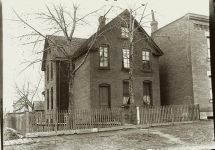 A brick house. EW Carter photo ca. 1900 Glass negative: 7″x5″