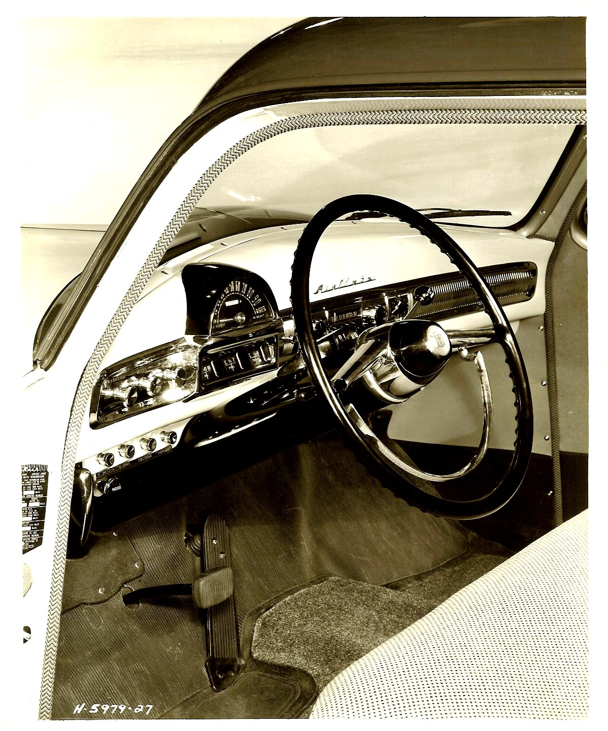 1951 NASH Dashboard view from driver side. 8″x10″ Black & White photograph H-5979-27