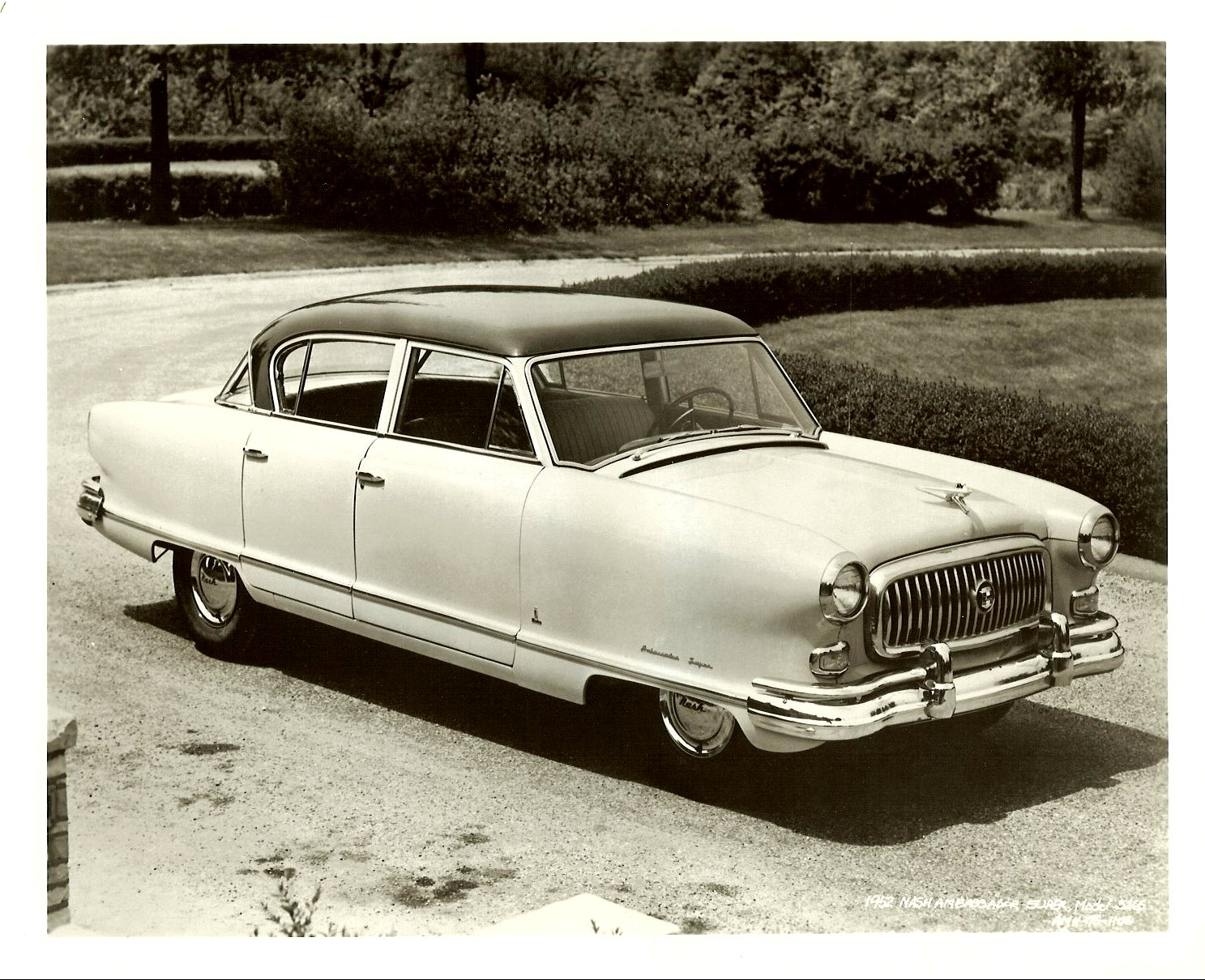 1952 NASH Ambassador Super 5265 10″x8″ Black & White photograph