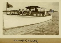 1905 ca. Arthur C. Newby's cruiser in Florida One of the primary National founders Test Family snapshot ca. 1905 5.25″x3.25″