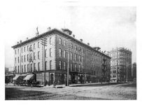 Nicollet House Minneapolis, MINNESOTA Washington Ave & Hennepin Ave EEJ there: 1880-81 (22 years old) Minneapolis Classified Business Directory ARCHITECTS and SUPERINTENDENTS LONG & JORALEMON, 10 Nicollet House Block p 150 Photo: (Mpls Library History Collection)