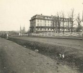 78 – Park Place hotel, Summit Avenue and St. Peter Street, 1875 Photographs of Early St. Paul From Edward A Bromley's Collection Published ca. 1910 5'5″x3.5″ Postcard