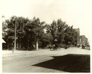 Looking from 10th ST & Nicollet AVE, 1908 Looking toward the Dayton Building on 8th ST. Minneapolis, Minnesota Collected & Compiled by Edward A. Bromley 10″x8″ black & white photograph
