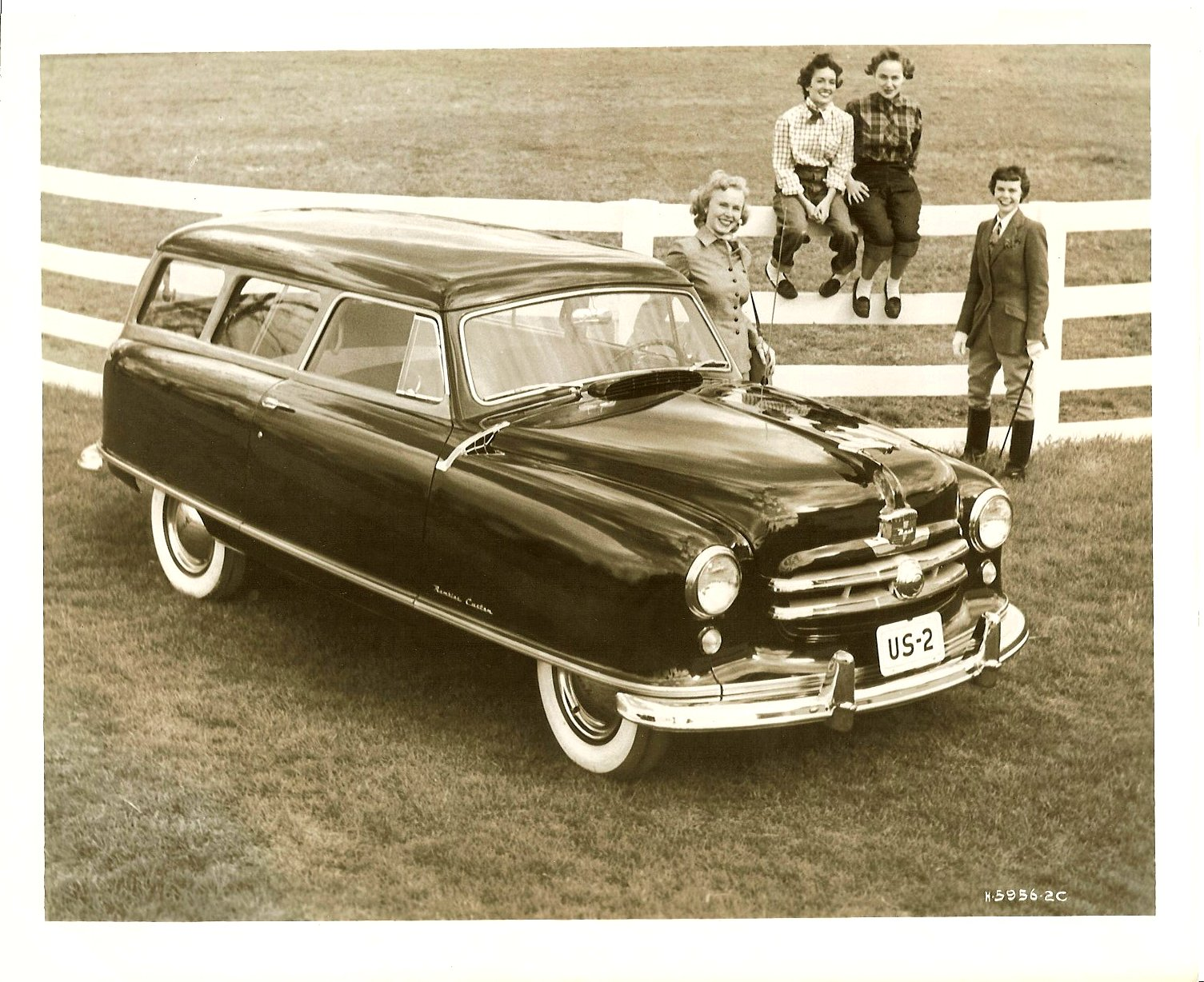 1951 NASH Rambler Custom Station Wagon Note: 1951 Flying Lady Hood Ornament 10″x8″ Black & White photograph H-5956-2C