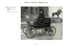 ca. 1903 WOODS Woods Motor Vehicle Co. CHICAGO & NEW YORK ELECTRIC CARRIAGES ROAD WAGON WITH REMOVABLE BOX – Style No. 240 7.75″5.25″ folded page 22