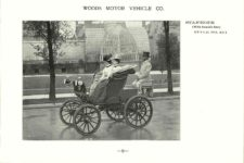 ca. 1903 WOODS Woods Motor Vehicle Co. CHICAGO & NEW YORK ELECTRIC CARRIAGES STANHOPE – Style No. 211 (With Rumble Seat) 7.75″5.25″ folded page 9
