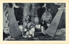 9 THE MEDICINE MAN Reeds Indian Pictures postcard Front