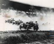 1911 Indy 500 9 Will Jones CASE 8 Joe Jagersberger CASE 5 Louis Disbrow POPE HARTFORD