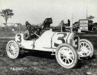 1913 Indianapolis 500 Gil Anderson STUTZ HH COBURN CO Indianapolis Ind 2590 10×8 photograph front