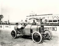 1913 Indianapolis 500 Paul Zuccarelli PEUGEOT eugeot HH COBURN Indianapolis Ind 10×8 photograph front