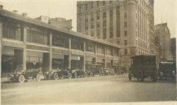 1917 ca STUDEBAKER STUTZ MERCER RAUCH LANG Baker Electrics automobile dealer row snapshot 5×3