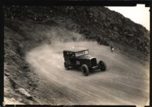 1926 STUTZ Pikes Peak Race This car is a 1926 Stutz AACA Library 7.25″×5″ 2 front
