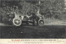 1906 Vanderbilt Cup Race THE Locomobile THAT DEFEATED 12 OUT OF 14 CRACK FOREIGN RACING CARS. postcard front