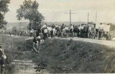 1912 ca. ANNUAL HILL CLIMB THE START – PERRY HILL ALCONQUIN, ILL. RPPC front
