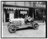1920 ca. LEXINGTON Car No. 7 at dealer B&W AC 1