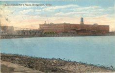 1915 ca. Locomobile Cos Plant, Bridgeport, Conn. postcard front