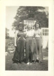 1938 ca. Fern Dale, born 1917 and friends snapshot 2.75″×3.75″