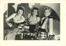 1955 ca. Fern Dale, born 1917 Trio snapshot 3.5″×2.5″ front