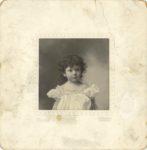 1900 ca. Baby Georgia WJ Murphy family photo Genelli photo 607 Fourth Steet Sioux City, Iowa 6.5″×6.5″