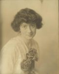 1910 ca. Miss Charlotte Murphy Studios of Sweet Tenth Street and Mary Place Minneapolis 8.5″×9.5″ 4