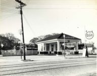 1939 8 AUG 1939 ESSO COLONIAL STATION 8 7544 WVLT 9.25″×7.25″ photo front