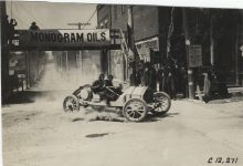 1909 CHALMERS DETROIT Car 5 Crown Point Races Billy Knipper driver in town photo Burton Historical Collection Detroit Public Library