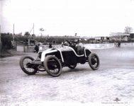 1913 KEETON Indy 500 Bob Burman right side IMS photo left