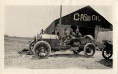 1915 STUTZ Cannonball Baker in Stutz Bearcat roadster left side at Plains Texas 1915 transcontinental trip photo Burton Historical Collection Detroit Public Library