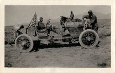 1915 STUTZ Soldier from Fort Bliss observing Stutz Bearcat roadster right side in desert 1915 transcontinental trip photo Burton Historical Collection Detroit Public Library