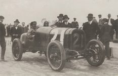 1916 HUDSON racer Ira Vail Sheepshead Bay Races May 1916  Philadelphia Free Library photo