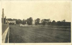 1910 ca. Unknown race car on unknown track RPPC front