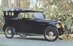 1916 Hudson touring car Andris Collection