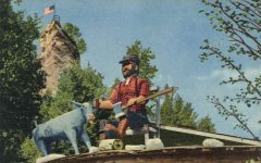 St. Ignace MICH Paul Bunyan at Castle Rock Sauk Center, MINN postcard front