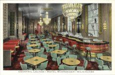 1935 ca. Milwaukee, WIS Cocktail Lounge HOTEL SCHROEDER postcard front