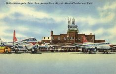 1955 ca. Minneapolis-St Paul, MINN Metropolitan Airport M-81 postcard front