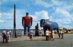 1954 ca. MINN Bemidji PAUL BUNYAN AND HIS BLUE OX BABE sculpture postcard front
